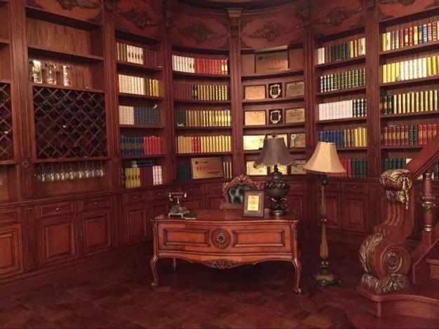 梦缘整木家居书柜书桌
